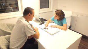 Dr-Christina-Karosin-Fachärztin-für-Neurologie-Behandlung_01